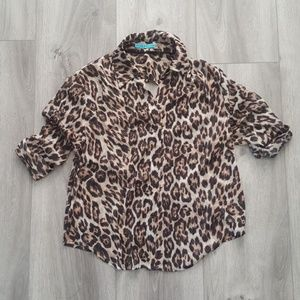 Alice + Olivia Leopard Print Back Drape Blouse Top
